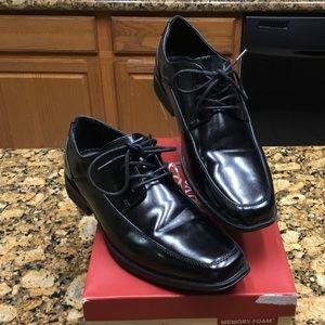 Dexter Comfort Boys Memory Foam Dress Shoes